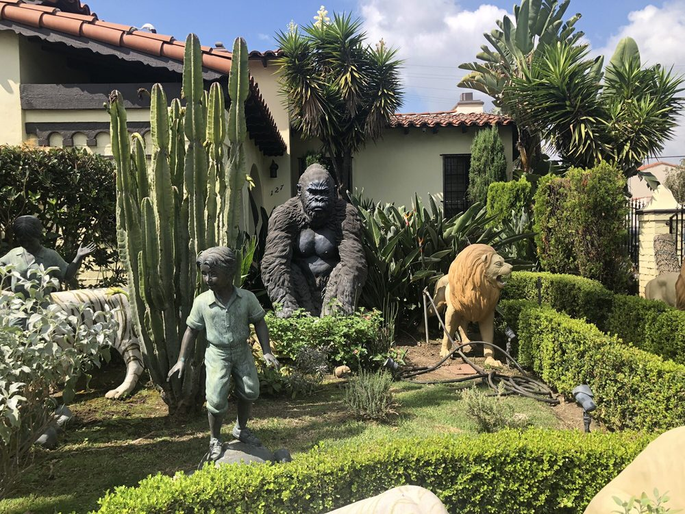 Beverly Hills Children Zoo: 127 N Doheny Dr, Beverly Hills, CA