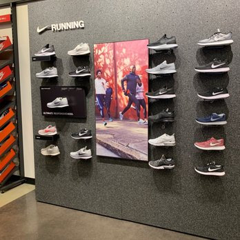 nike outlet show dc 2019