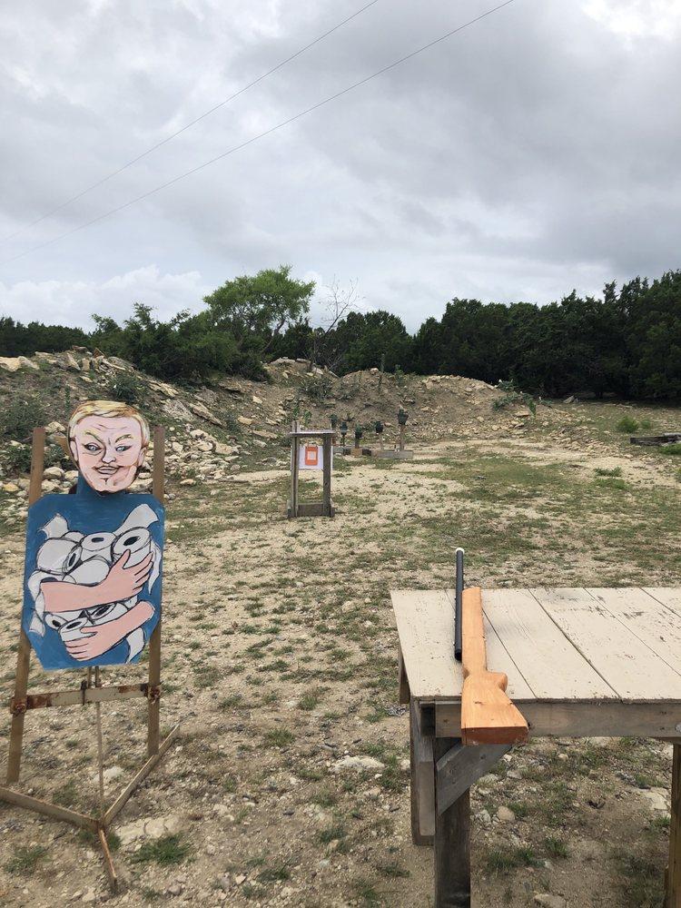 Lloyd Leppo Gun Range: 3275 Boys Ranch Rd, Kempner, TX