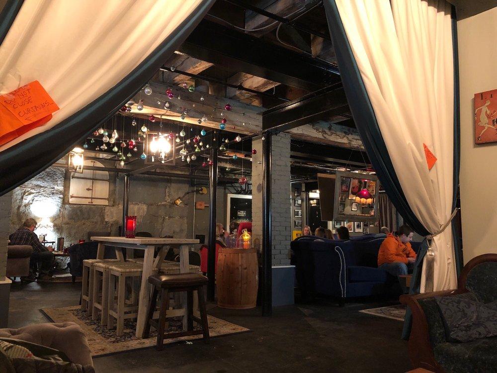 Moruzzi's Lounge: 8 S Main St, Barre, VT