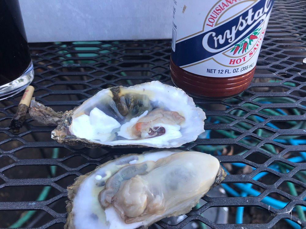 3 Hands Oyster Company: 308 Risby Town Rd, Gwynn, VA