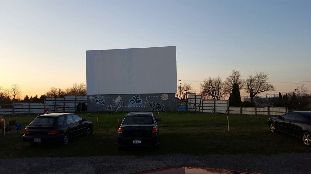 Sunset Drive In: 9950 Telegraph Rd, Middleport, NY