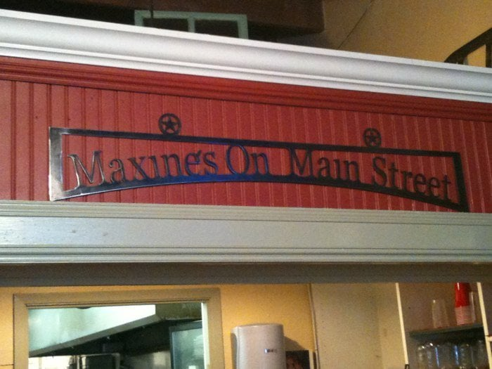 Maxine S Cafe Bakery