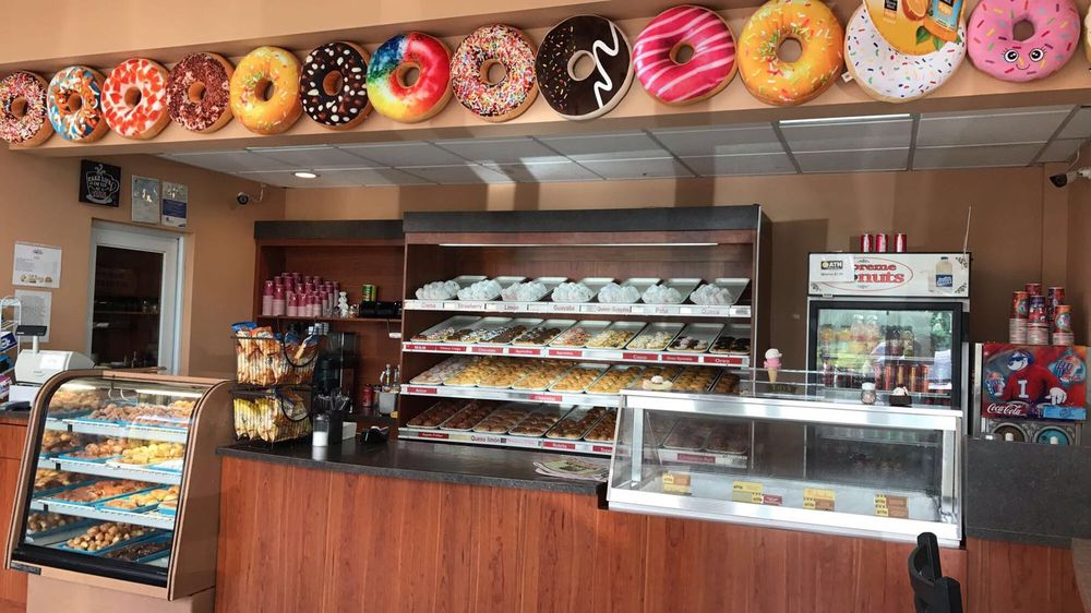 Supreme Donuts: Carr. # 2 95.8, Camuy, PR