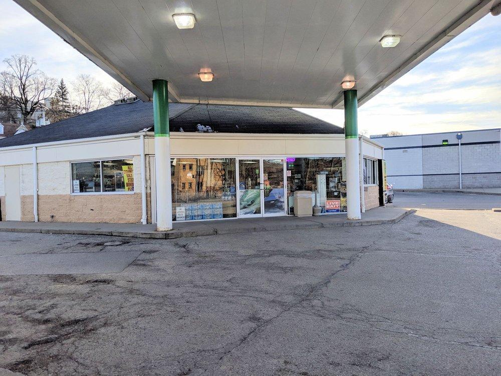 BP: 901 Ohio River Blvd, Avalon, PA