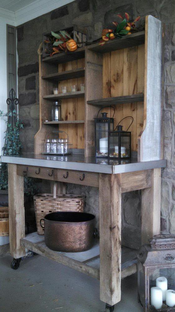 Willow Creek Barn Wood Furniture 35