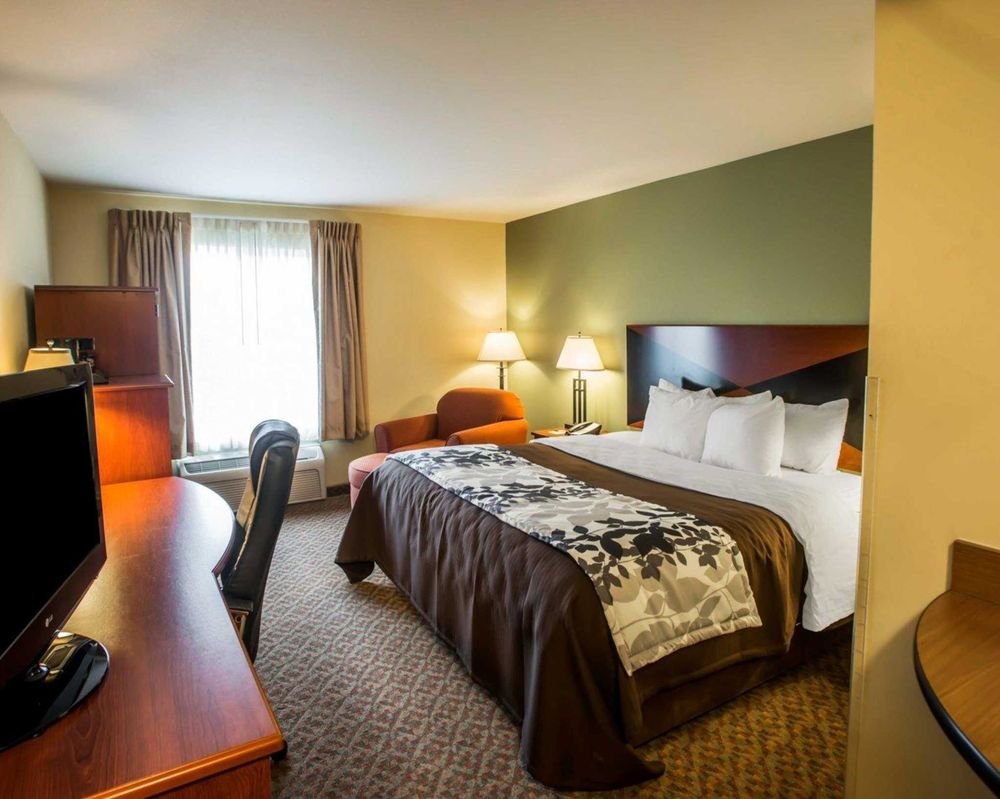 Sleep Inn & Suites: 3596 E Hwy 40, Oakley, KS