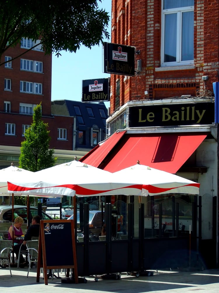 Caf 233 Du Bailly Brasseries 46 Place Charles Et Albert