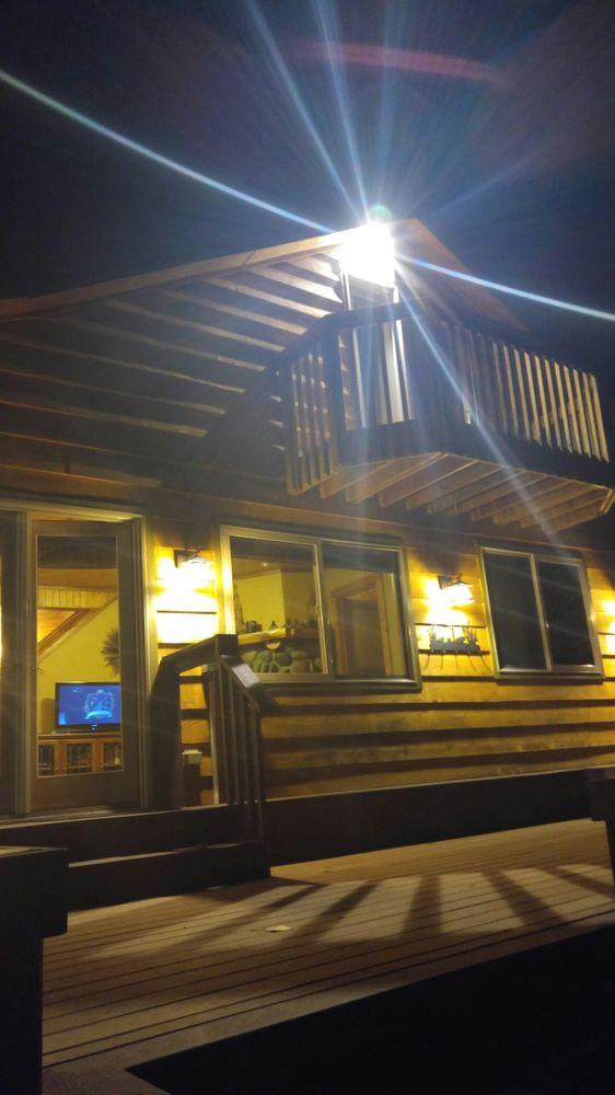 Mt. Rainer Paradise Cabins: 104 Stevens Pl, Ashford, WA
