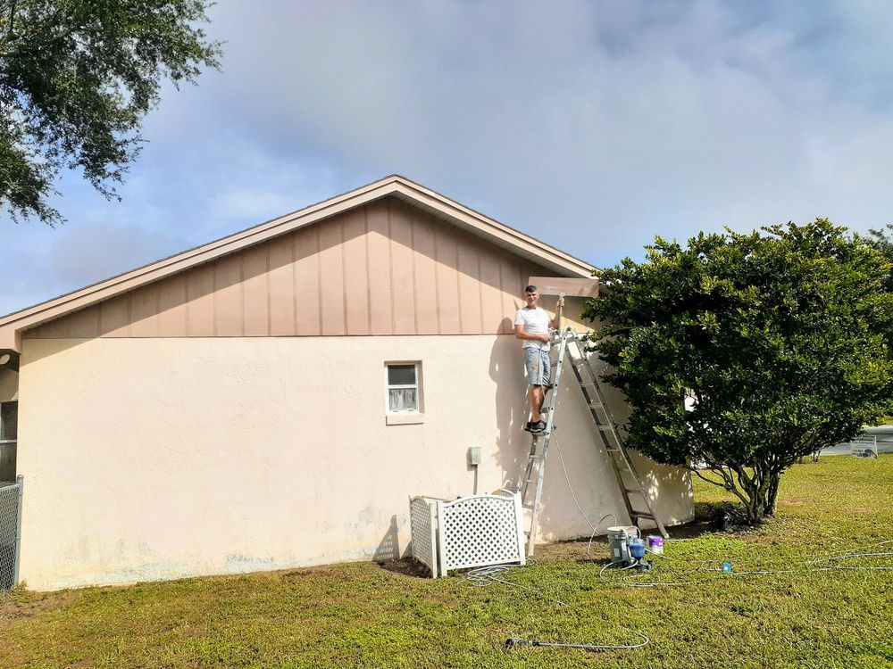 Family Painting And Pressure Washing: Lakeland, FL