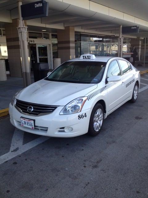 Luxury Taxi: 3833 Deertrail Dr, Erlanger, KY