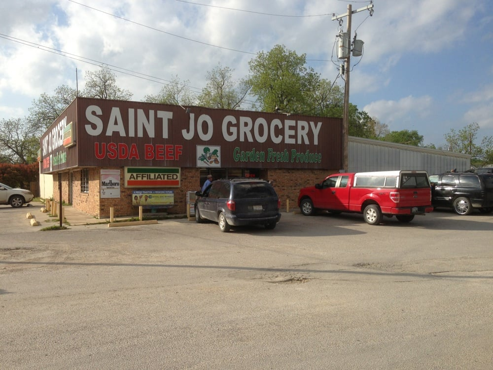 Saint Jo Grocery: Saint Jo, TX