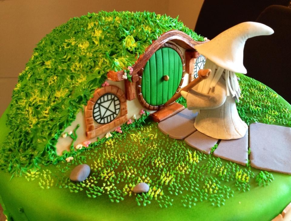 The Hobbit Themed Birthday Cake Toffee Crunch Flavor Yelp