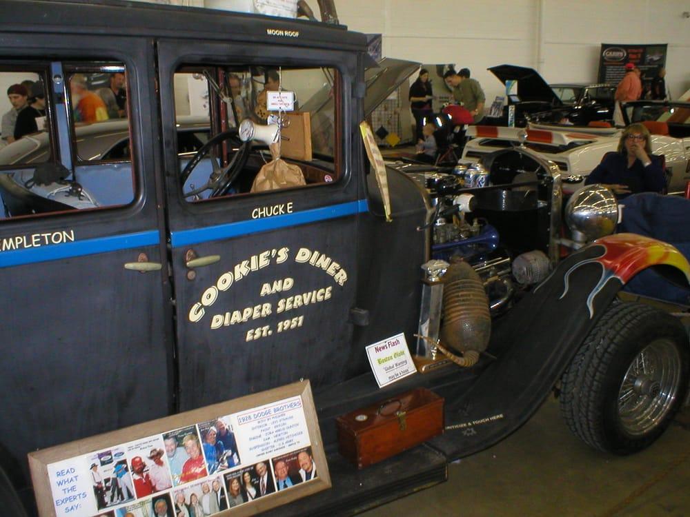 Pilkilton Fred Motors Co Dodge & Dodge Truck: 420 W Woodard St, Denison, TX