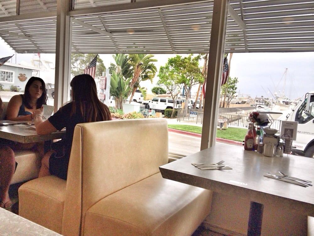 Galley cafe 172 fotos 249 beitr ge fr hst ck for Cafe jardin newport beach