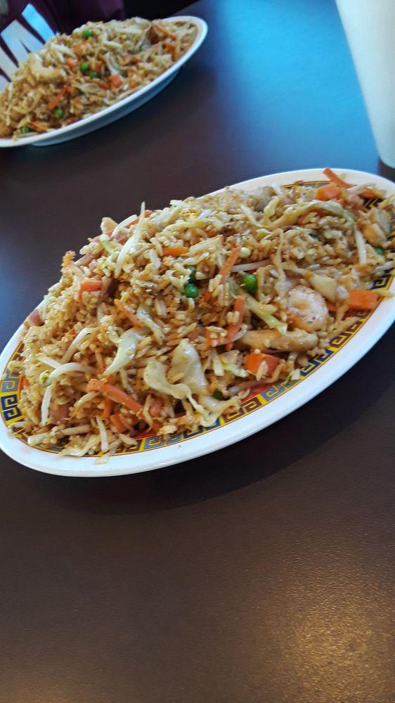 Chinese Wok: 2806 Sam Houston Ave, Huntsville, TX