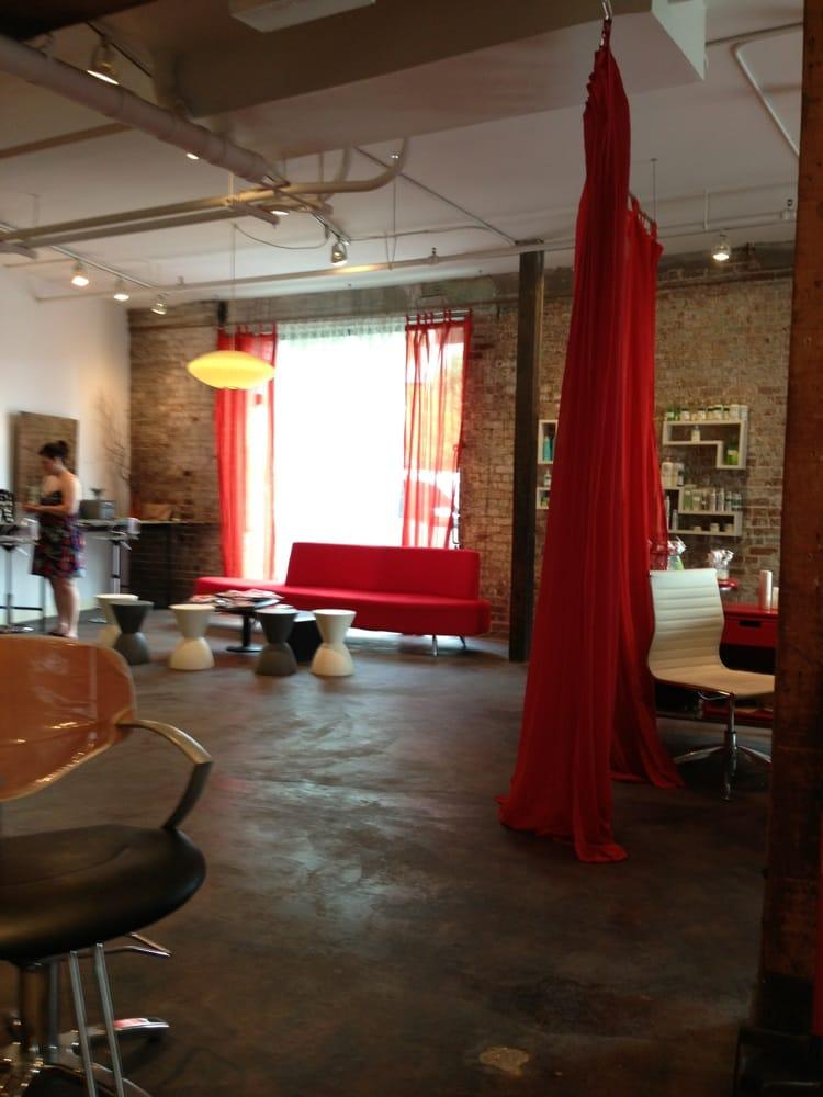 Atelier aucoin salon closed hair salons 900 s peters for Orleans salon