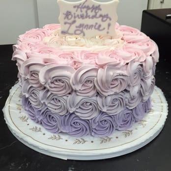 Lido Bakery Berries And Cream Cake