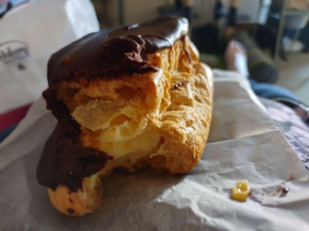 Strachn Bakery: 759 S Holland Sylvania Rd, Toledo, OH