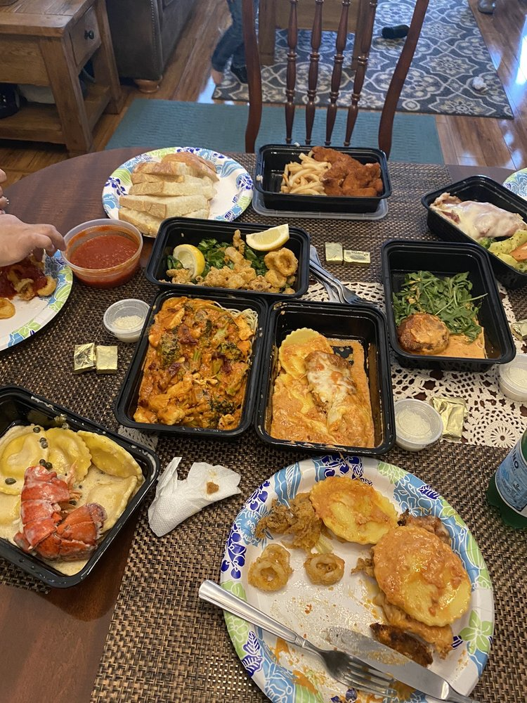 Papazzio Restaurant: 3938 Bell Blvd, Bayside, NY