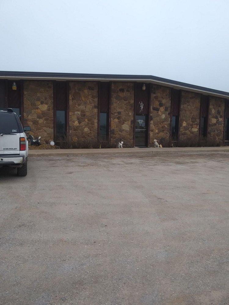 Wheatland Veterinary Hospital: 15554 N 770th Rd, Kingfisher, OK