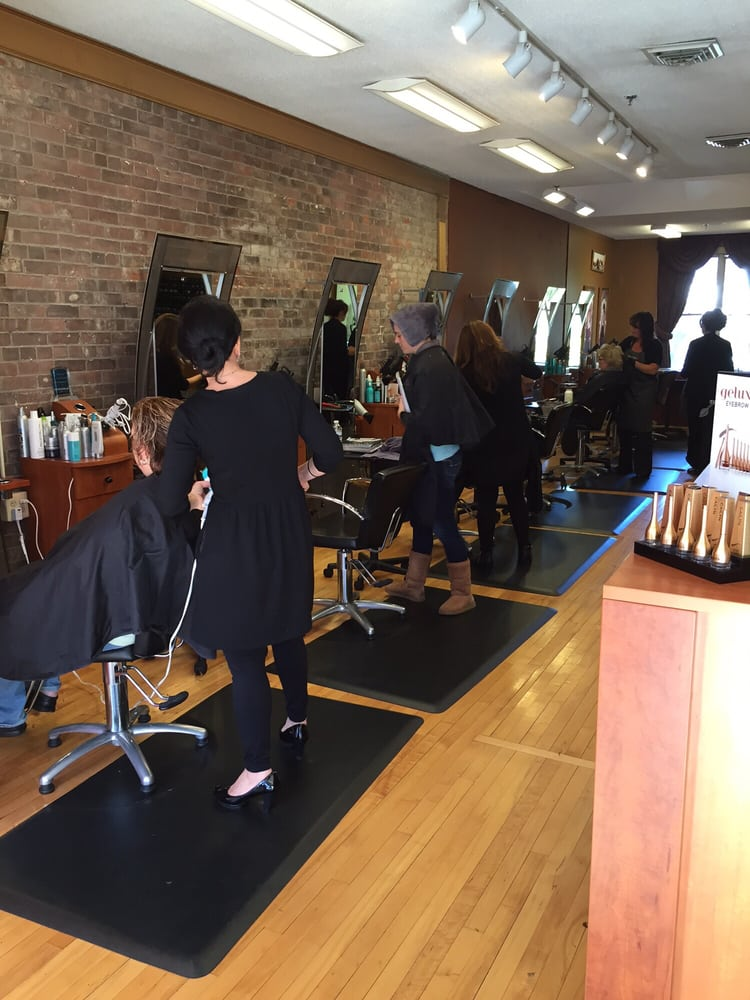 Bella Vita Salon: 26 High St, Westerly, RI