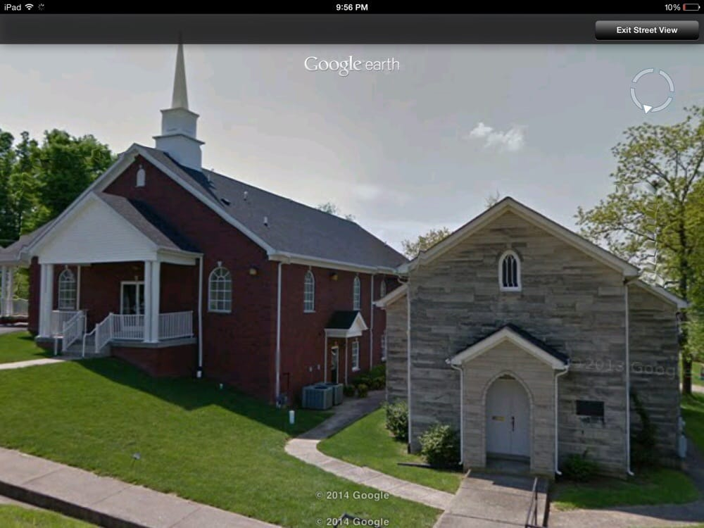 Maple Ave Church of Christ: 219 W Maple Ave, Lancaster, KY