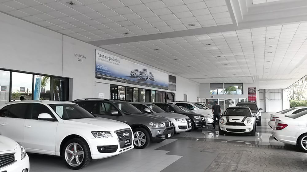 Starclass mercedes benz car dealers av agust n y ez for Mercedes benz dealership phone number