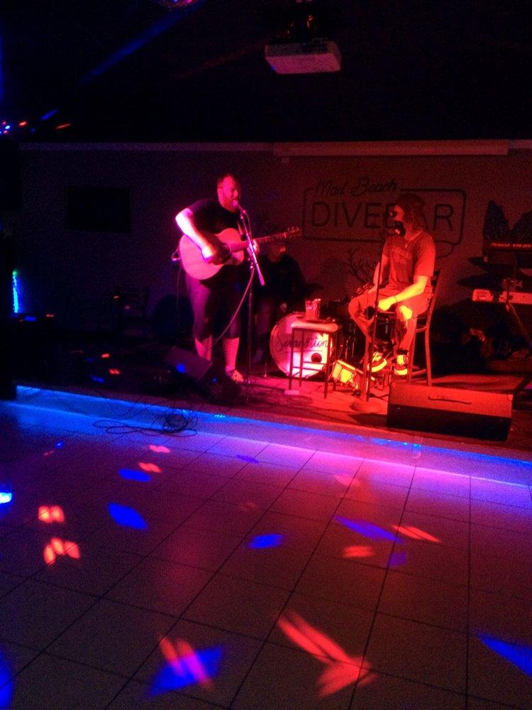 Mad Beach Dive Bar: 15045 Madeira Way, Madeira Beach, FL