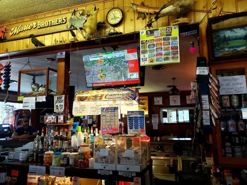 Mauer Bros Liquors: 1200 S Main St, Altura, MN