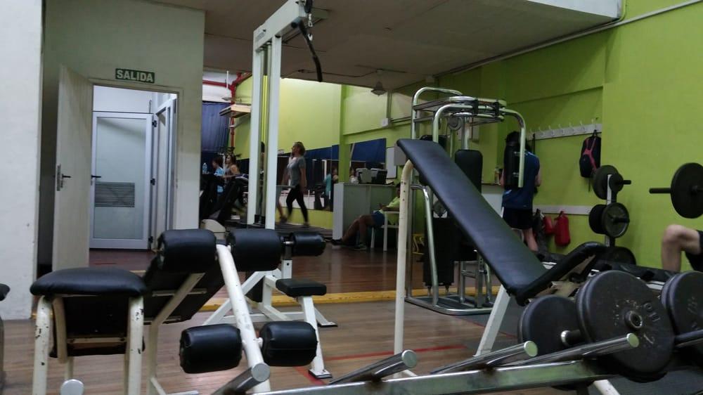 Fotos de gimnasio olimpia cancilleria yelp for Ver gimnasio