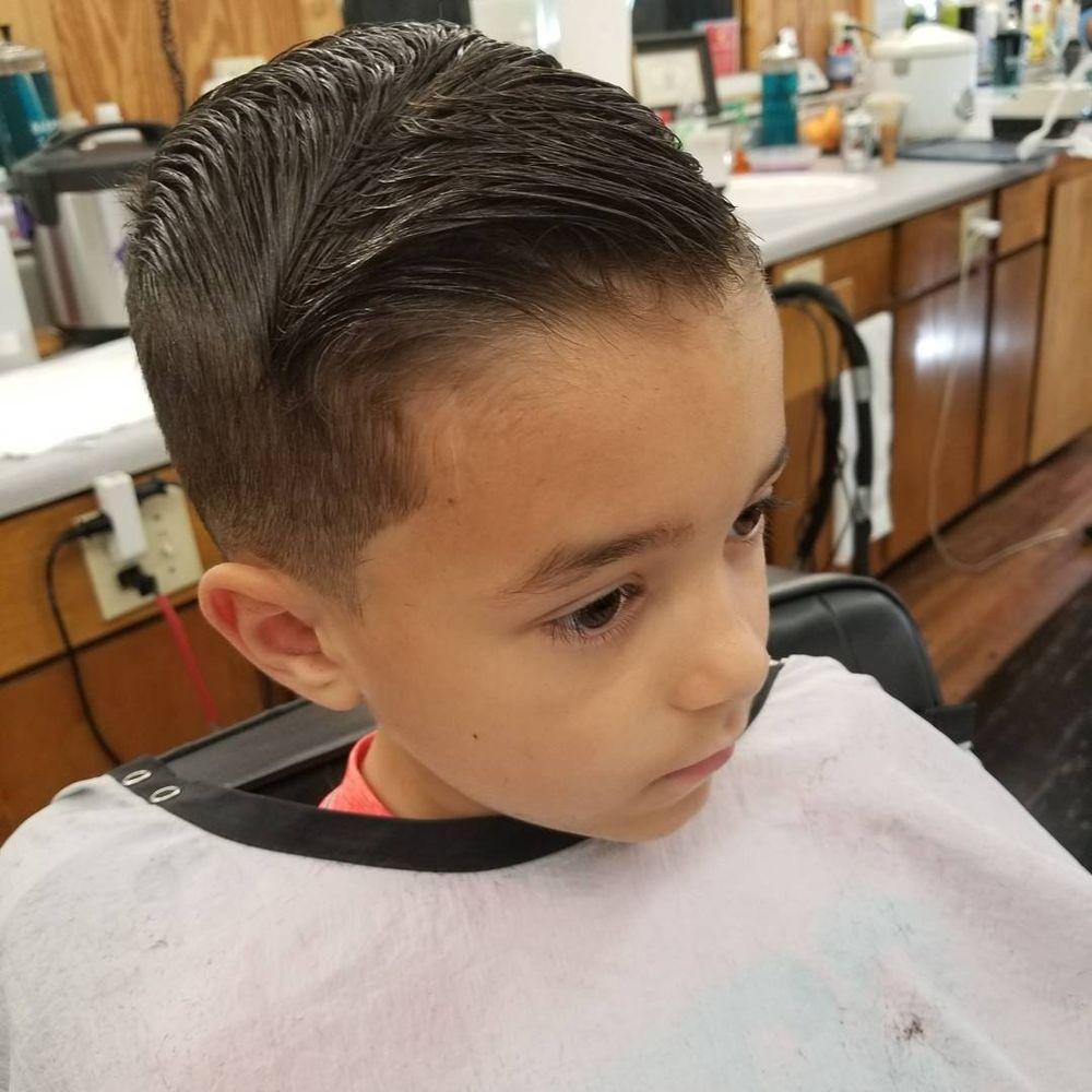 Duanes Barber Shop 19 Photos 32 Reviews Barbers 5450 Yadkin