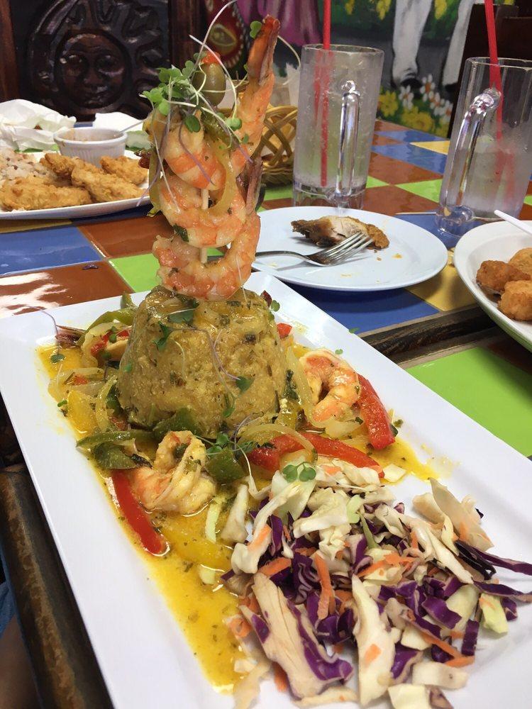 Azteca Restaurante Mexicano: Mall Enrique Mangual, Canóvanas, PR