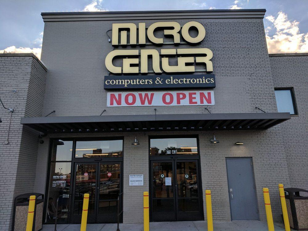 Micro Center: 7143 Kissena Blvd, Flushing, NY