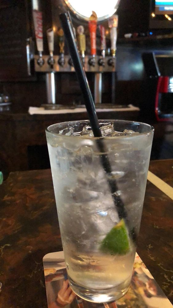 Stoney's Bar & Grill: 108 W 25th St, National City, CA