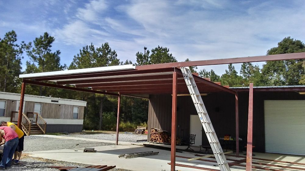 Gunn's Roofing And Mobile Home Repairs: 5483 Hwy 126 W, Grayson, LA