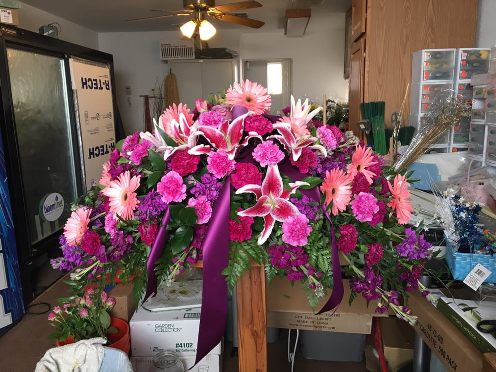 Susie's Flowers Shop