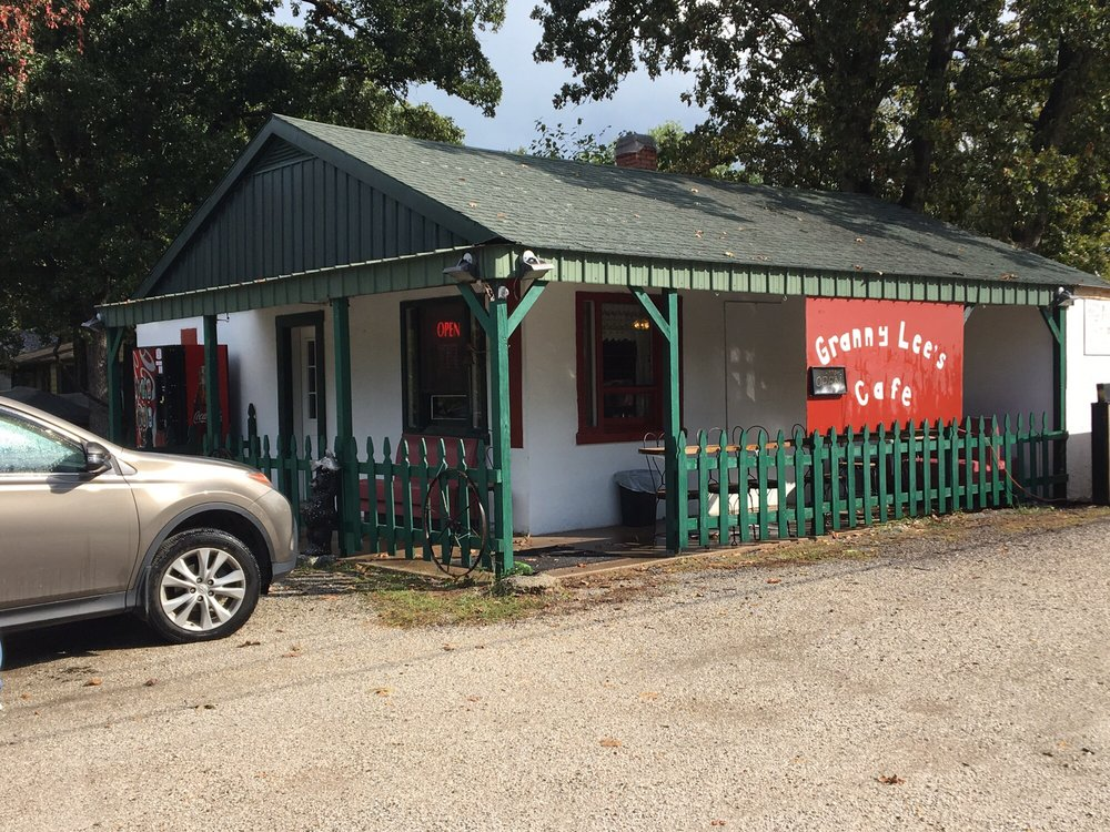 Granny Lee's Cafe: 1318 Clarence St, Sarcoxie, MO