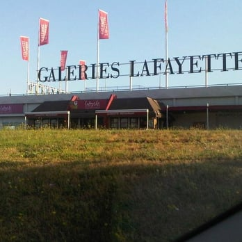 Galeries lafayette 19 avis centre commercial 209 221 - Centre commercial bron ...