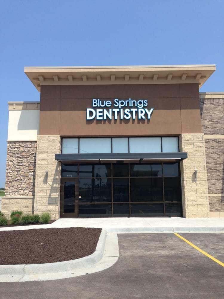 Blue Springs Dentistry: 1205 NE Coronado Dr, Blue Springs, MO