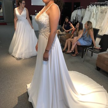 28a866eda Garnet and Grace Bridal Boutique - 150 Photos & 166 Reviews - Bridal ...