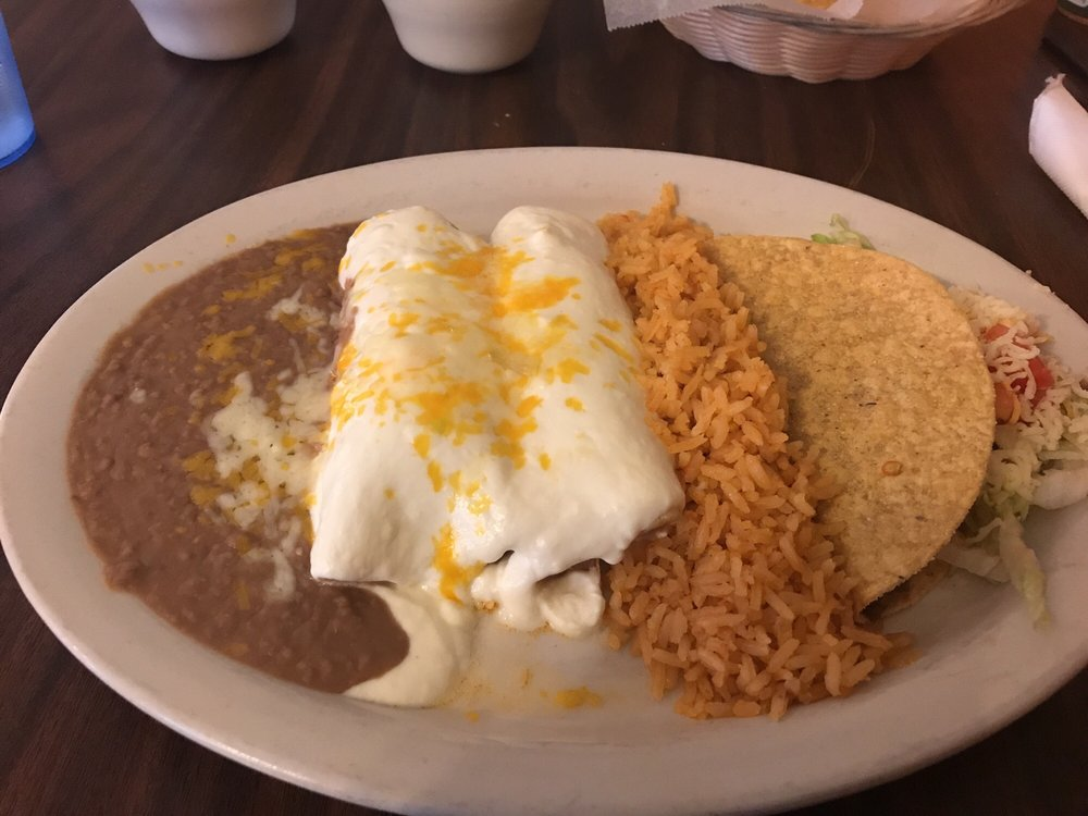 The Little Familia Tex Mex Rest: 1100 W Main St, Green Forest, AR