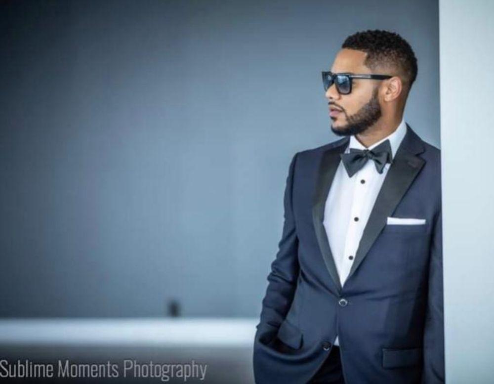 Sam Michael's Menswear Tailoring & Tuxedos: 29437 W 12 Mile Rd, Farmington Hills, MI