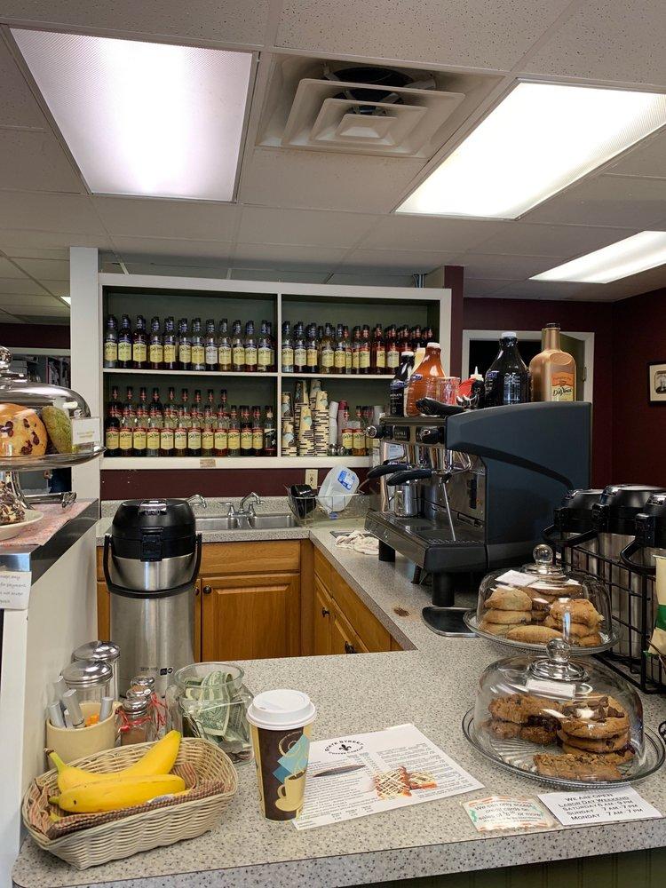 State Street Coffee Company: 211 W State St, Cheboygan, MI