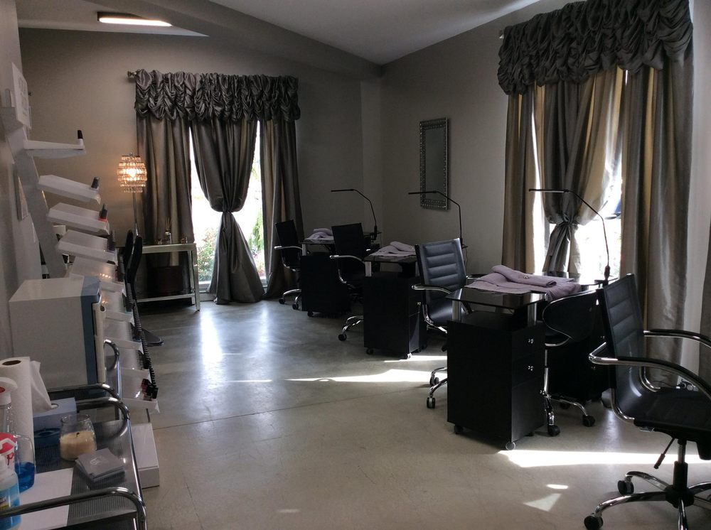 Spa Le Jeane: 7210 Bristlewood Dr, Youngstown, OH