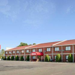 Photo Of Econo Lodge Darien Lakes Corfu Ny United States