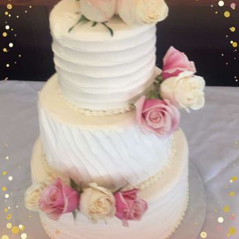 Lincoln bakery wedding cakes