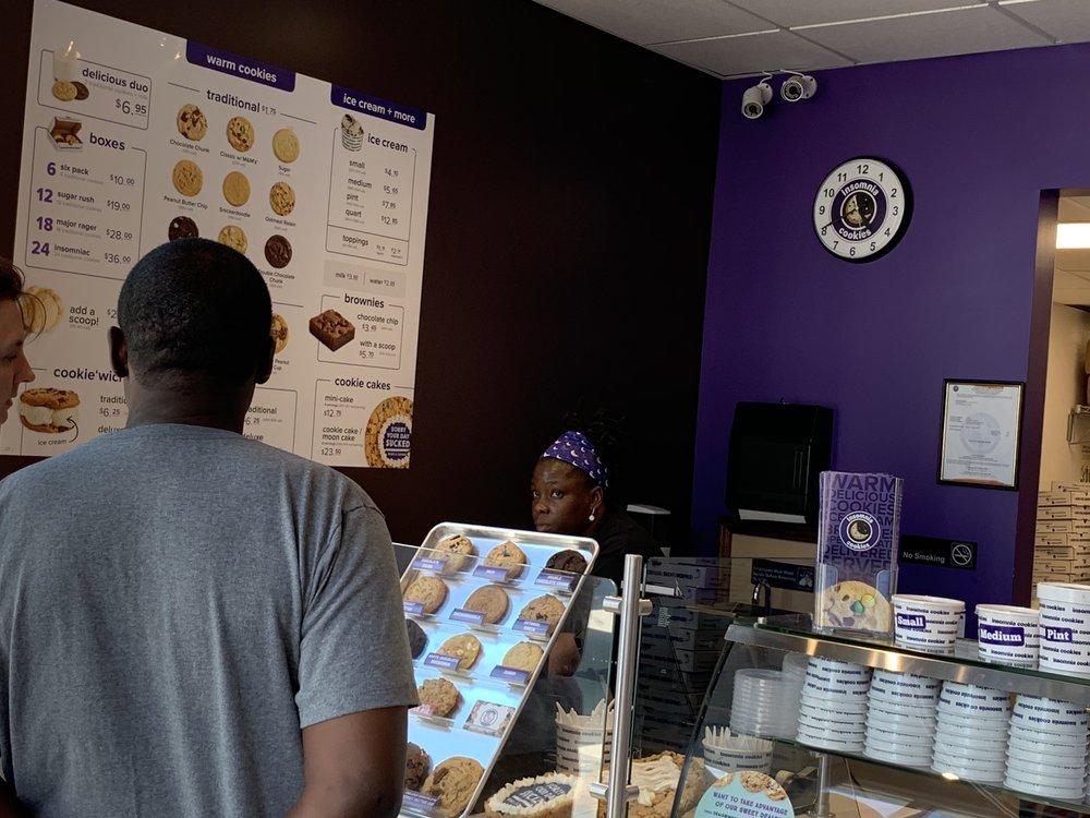Insomnia Cookies: 4549 Southside Blvd, Jacksonville, FL