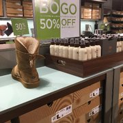 ugg australia outlet 3520 livermore outlets dr livermore ca 94551