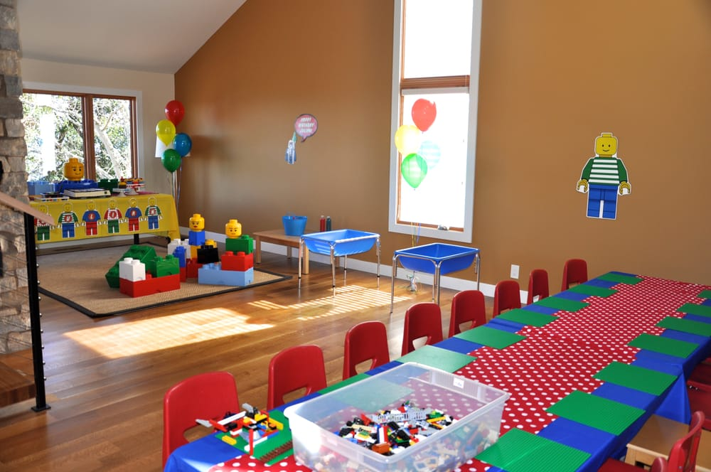 Classroom Setup Ideas ~ Awesome lego party by cherry on top parties decorations